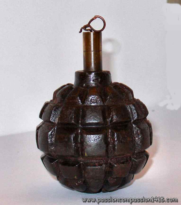 Grenade Ww1 | www.pixshark.com - Images Galleries With A Bite! Grenades In World War 1